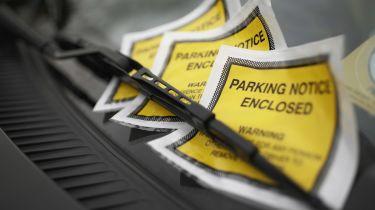 英国委员会在2018  -  1919年以930万英镑停车盈余耙