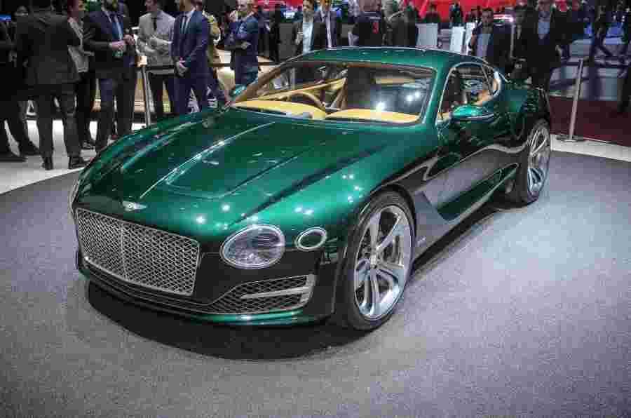在今年年底之前对下一个Bentley模型的决定