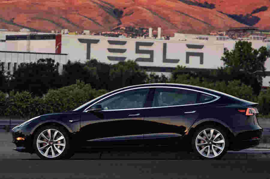 2017年第三季度Tesla员额为6.19亿美元
