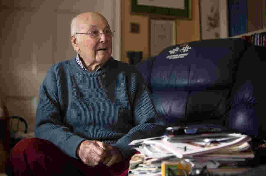 一级方程式评论传奇默里沃克死亡97岁