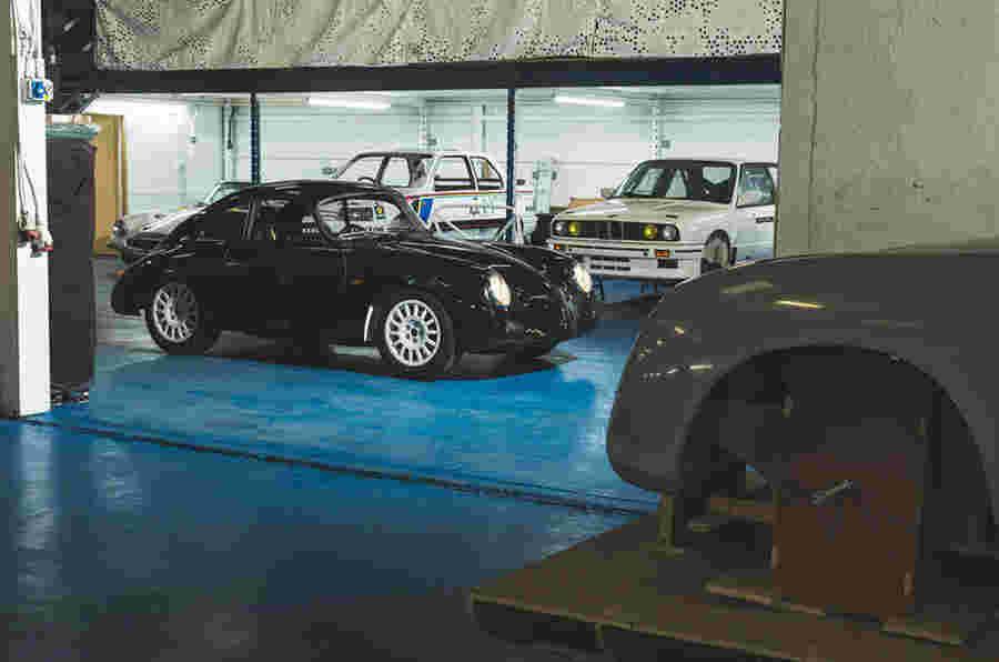 英国设计的Wevc Coupe'重塑'EV